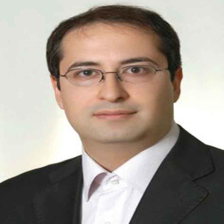 امیرعباس بصیری طهرانی مدیرعامل شرکت «رادین همکاران بهتا» در گفت و گو با اقتصاد و نمایشگاه | اخبار نمایشگاه