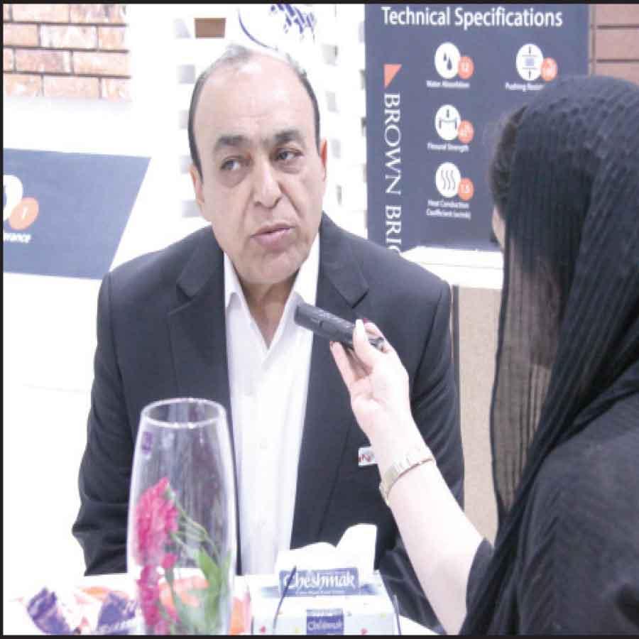 رضا چینی مدیرعامل شرکت آجرنماچین در نمایشگاه صنعت ساختمان | اخبار نمایشگاه