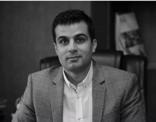 مدیر عامل بام تک در نمایشگاه در و پنجره | محمد امین نیلی
