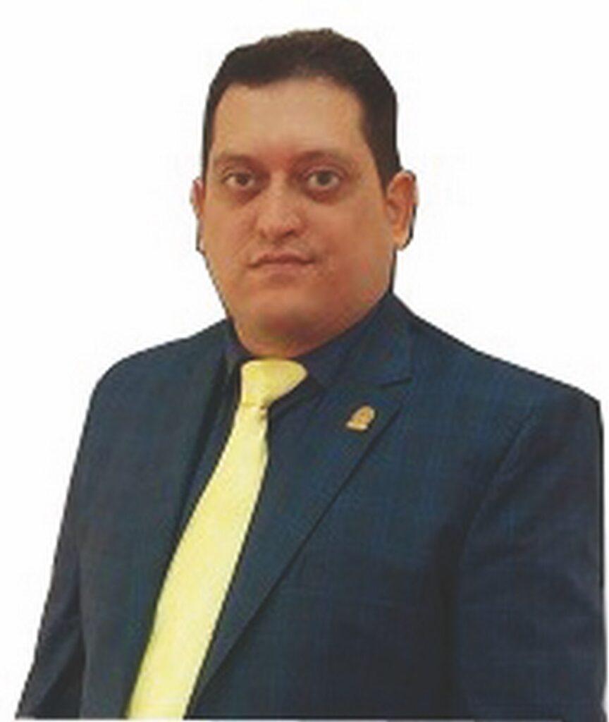 گفت و گو با مسعود امین نائب رئیس هیات مدیره شرکت مهندسی تکین - نمایشگاه صنعت برق